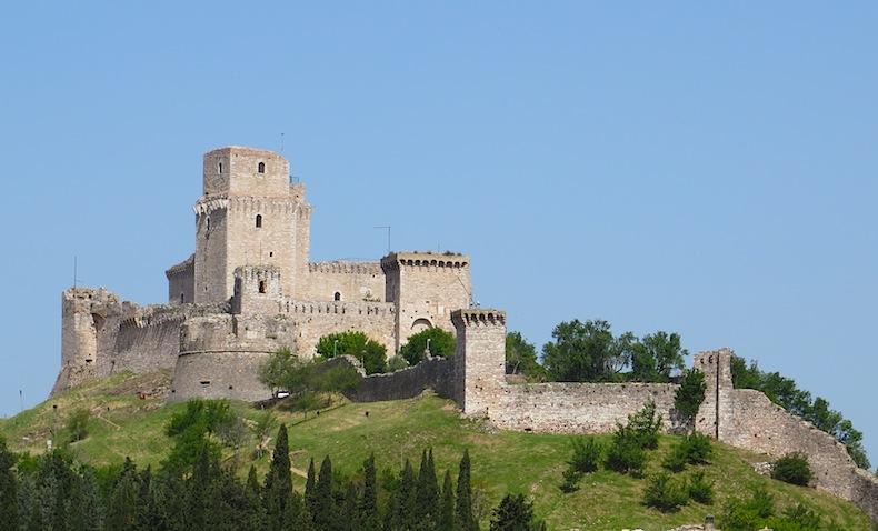 Большая крепость города Ассизи