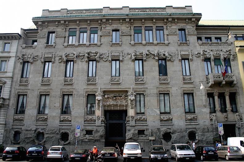 9028_-_Milano,_C.so_Venezia_-_Giuseppe_Sommaruga,_Pal._Castiglioni_(1904)_-_Foto_Giovanni_Dall'Orto_22-Apr-2007