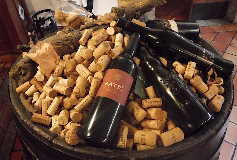 вино в ресторане Gostilna Kasca