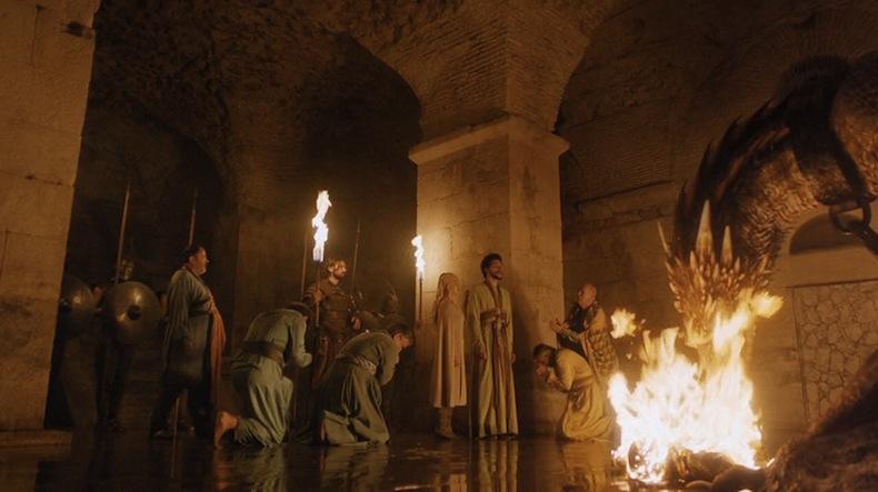 Дейнерис и драконы, сцена сожжения одного из великих мастеров, снимали в подвале Дворца Диоклетиана