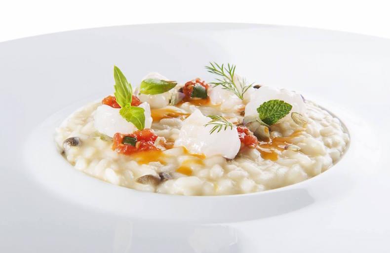 рецепт Ризотто с оливковым маслом с креветками и помидорами черри и буррата, автор - Фабио Пизани