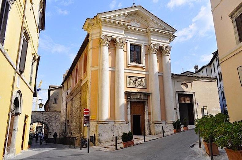 Церковь Святого Ассано в Сполето