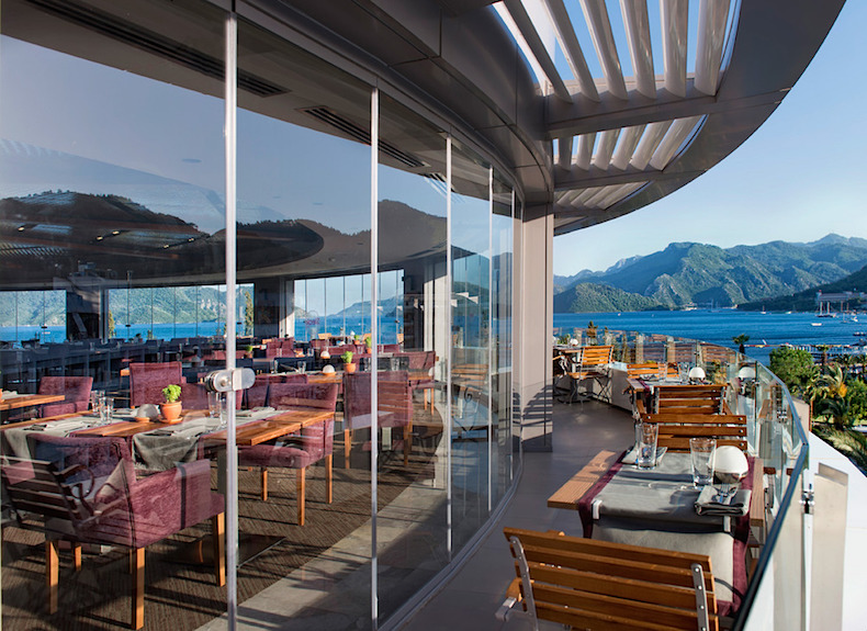 мясной ресторан Steak & BarD-Resort_Grand_Azur_Marmaris_Steak_Restaurant_Terrace_zpsxndzxsri