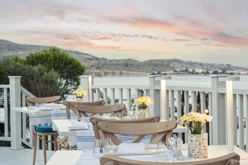 Murat_Reis_Ayvalik_The_Breeze_Restaurant_01_5298_zpss6yggeik
