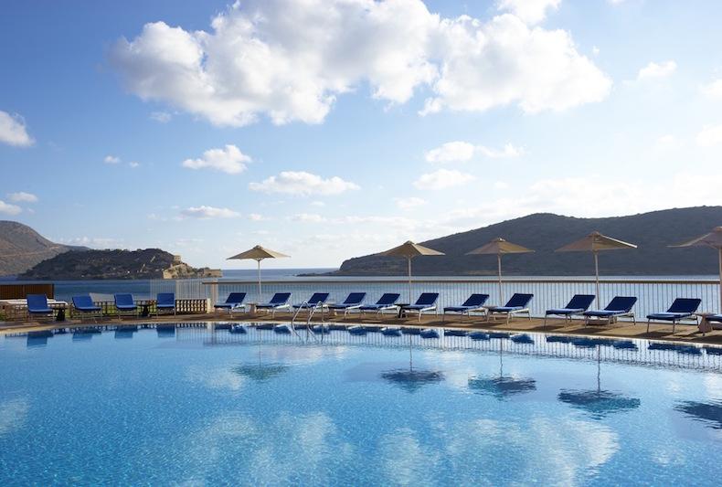 бассейн с видом на море, Крит