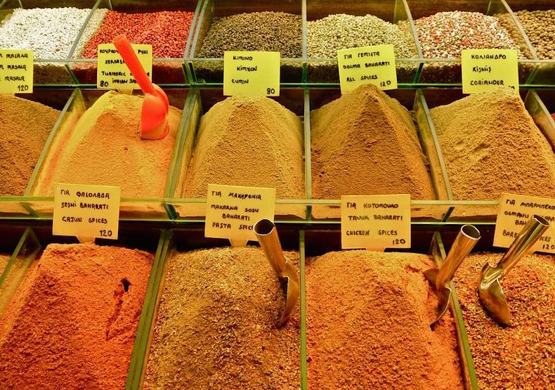 специи на Египетском рынке Стамбула