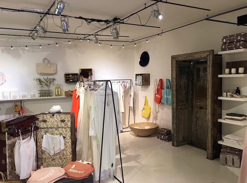 магазин одежды Merci Париж