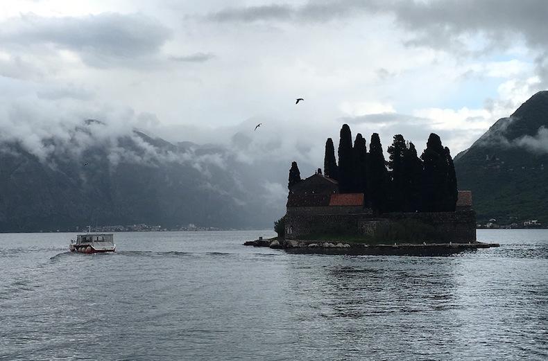 остров Святого Геогрия или Остров Мертвых