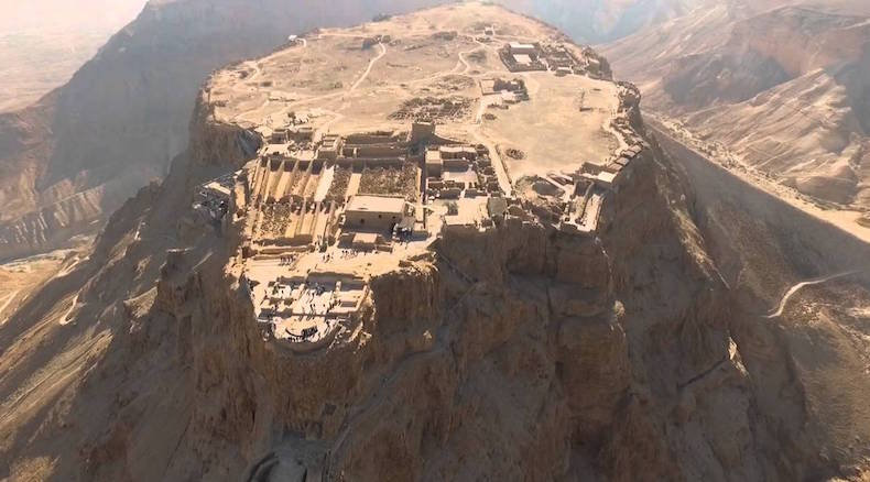 верхний уровень дворца Масады