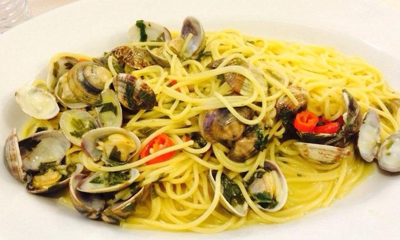 спагетти с вонголе в ресторане Оскар