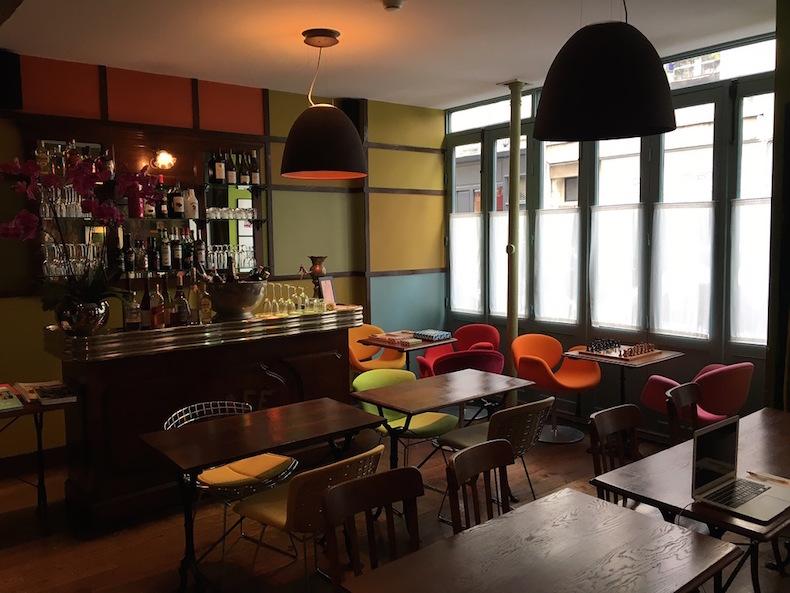 бар отеля Hotel Du Petit Moulin