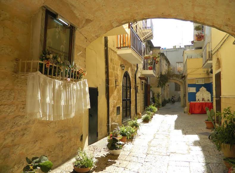 улочки Бари, Италия