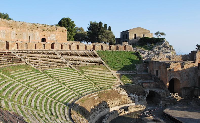 античный амфитеатр Таормины, Сицилия
