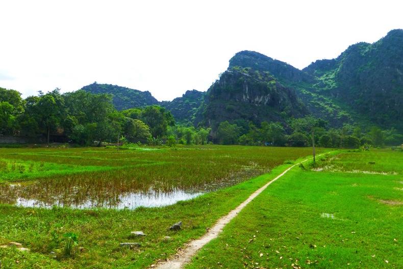 Окрестности древней столицы Hoa Lu