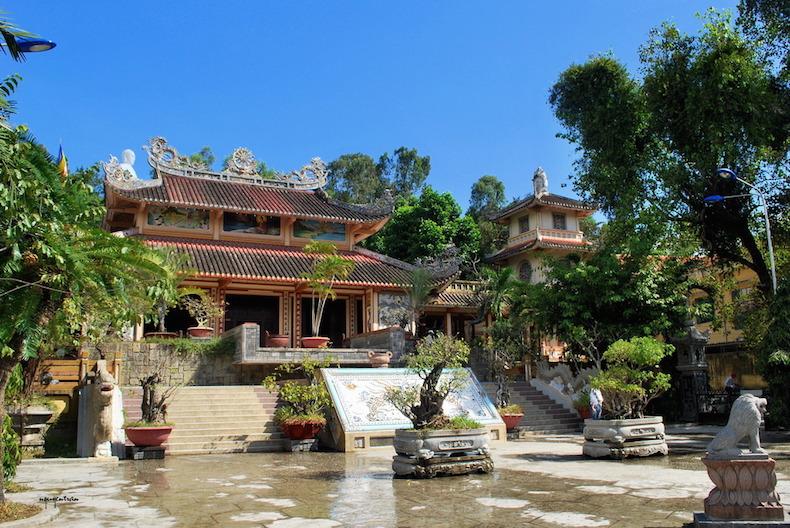 пагода Лонг Сон (Long Son)