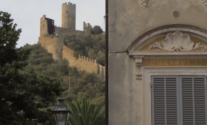 замок Урсино, Ноли (Noli)