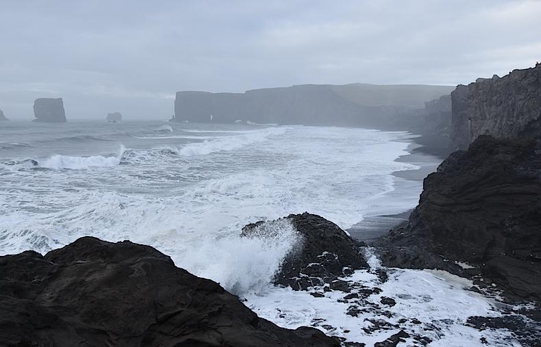 Исландия, море, пейзаж, океан, деревня Вик базальтовые скалы, утесы
