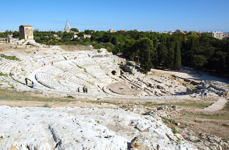 Древнегреческий театр в Сиракузе