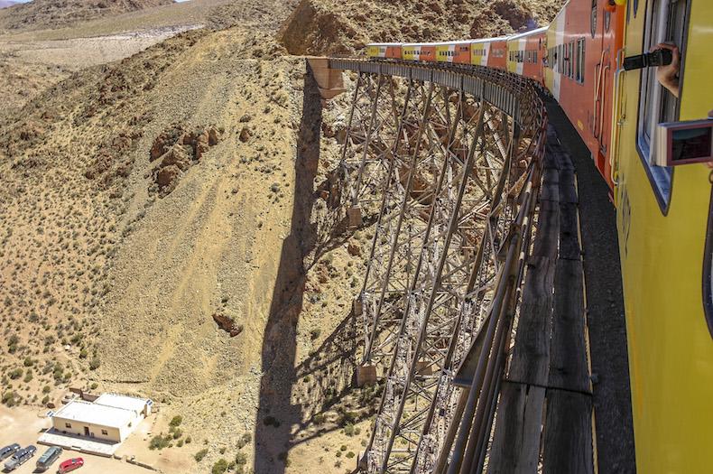 Tren a las Nubes («Поезд в облака»)