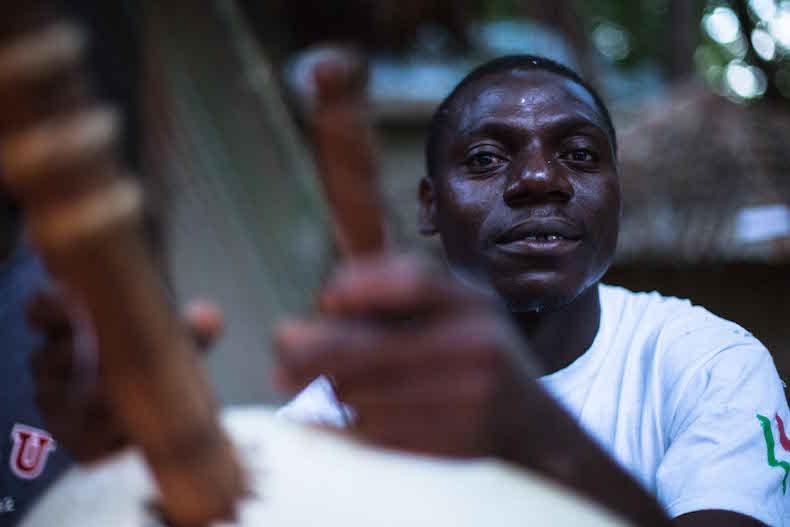 Гамбия музыка и танцы