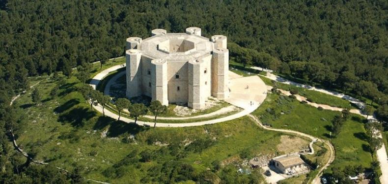 Кастель-дель-Монте (Castel del Monte)