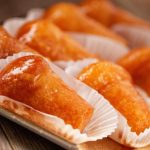 Неаполитанская баба: удивительная история десерта и рецепт ромовой бабы из Неаполя