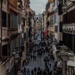 Шопинг в Италии: про распродажи и деревни аутлеты