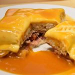 """Франсезинья (Francesinha) – """"сэндвич-убийца"""" и главный гастрономический специалитет Порто"""