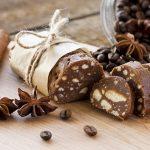 Рецепт дня: шоколадное салями – сладость родом из Италии