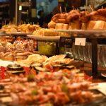 Что такое pintxos и лучшие бары Сан-Себастьяна, где можно попробовать традиционные закуски Страны Басков