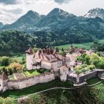Грюйер – самая красивая деревня Швейцарии: что посмотреть и какие местные блюда там нужно попробовать