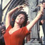 По местам «Собора Парижской Богоматери»: куда пойти в Париже, пока Нотр-Дам закрыт?